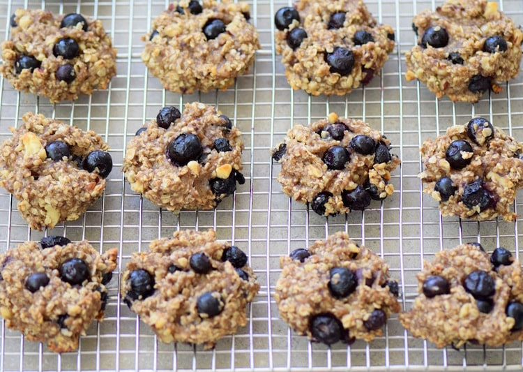 Healthy+Banana+Blueberry+Cookies