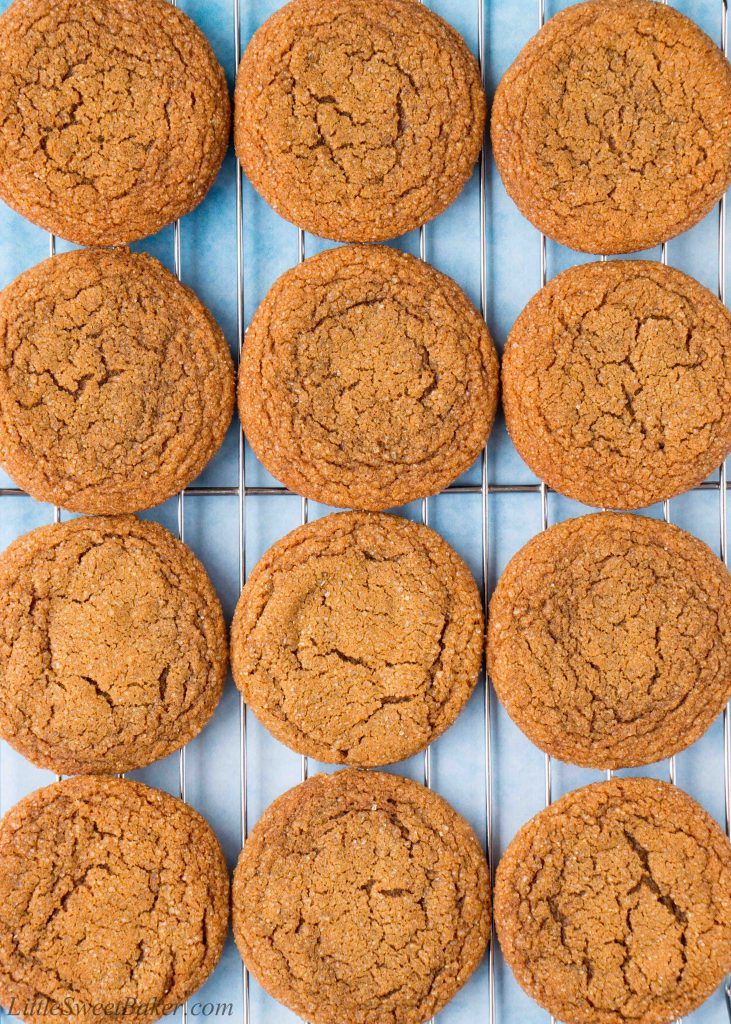 These molasses cookies are perfectly soft and chewy. They are lightly spiced and full of molasses flavor. #molassescookies #gingermolassescookies #softmolassescookies #bestmolassescookies #Christmascookies